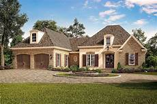 exclusive acadian country house plan with vaulted