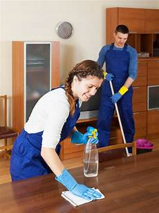 Job For Cleaning Houses Three Ways To Improve Your Home Life With Professional
