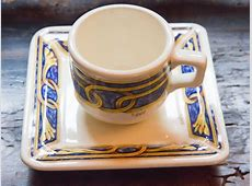 How to Identify Antique Dinnerware: 5 Steps (with Pictures)