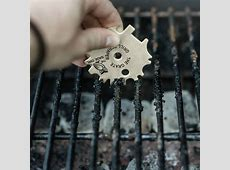 The Grate Grill Scraper   Stainless Steel BBQ Grill Tool