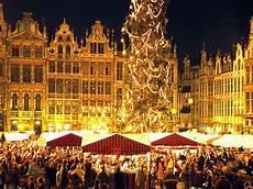 Brussels Christmas Market Light Show Brussels Amp Bruges Christmas Markets
