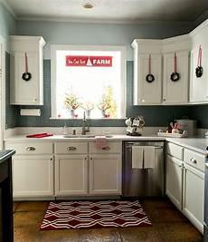 white kitchen decorating ideas in the kitchen