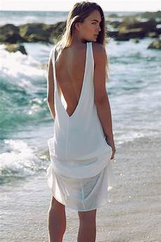 femmes sur la plage top 7 edgy dresses for you to rock this summer