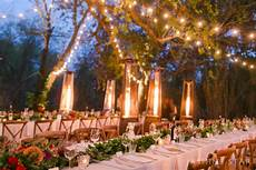 6 charming ways to light up your outdoor wedding
