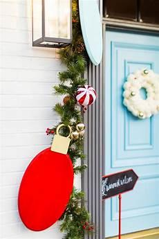 Diy Christmas Decorations Lights Outdoor Christmas Door Decorations Diy Wood Lights