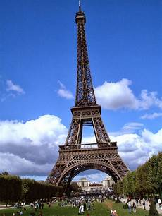 eiffel tower wallpaper for iphone mobile wallpapers iphone wallpapers hd wallpapers