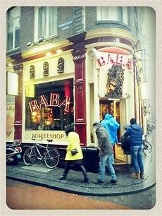 Coffee Shops Amsterdam Red Light District Coffeeshop Baba In Amsterdam S Red Light District