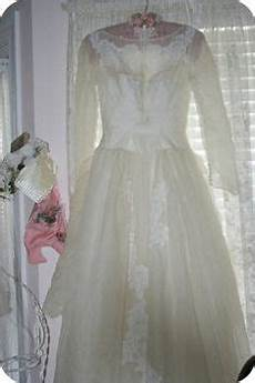 tips for safely restoring an aged or stained wedding dress