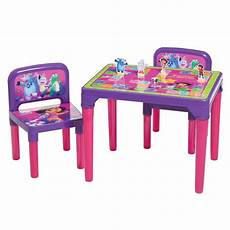 presente de 2 anos mesa infantil 2 cadeiras a aventureira multibrink