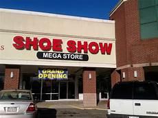 Dsw Designer Shoe Warehouse St Peters Mo Shoe Store 171 Shoe Show Mega Store 187 Reviews And Photos