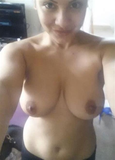 Nude Girls Pooping
