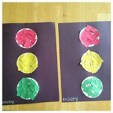 Light Child Project Help Your Child Make A Traffic Light By Helping To Glue