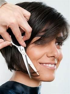 kurzhaarfrisuren frauen selber schneiden kurze haare selber stufig schneiden