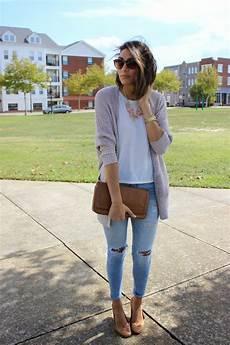What To Wear With Light Blue Jeans Pin De Lookastic En Women S Look Of The Day Light Blue
