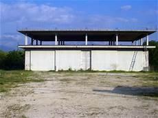vendesi capannone vendesi vendo capannone capannone terreno agricolo