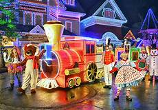 Howell Parade Of Lights 2017 Dollywood Tickets Pigeon Forge Tn Dollywood Theme Park