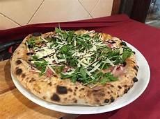 vecchio cortile palermo dove mangiare la migliore pizza a palermo la cucina italiana