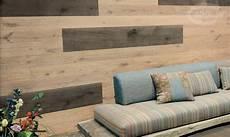 rivestimenti legno per pareti moduli disegno a parete di listoni in legno massiccio