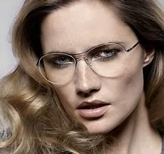 kurzhaarfrisuren damen ovales gesicht mit brille frisuren mittellang pony brille