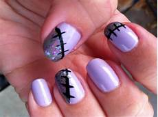 Cool Halloween Designs Nails These Halloween Nails Will Keep You In Stitches