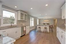 pictures of kitchen backsplashes with granite countertops custom granite countertops standard vs height