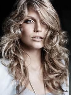 frauen frisuren langhaar locken hairstyle for hair