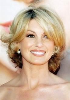kurzhaarfrisuren ab 40 damen 25 stylish hairstyles for 40 feed inspiration