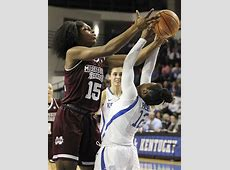 Women's college basketball: Anriel Howard smashes two