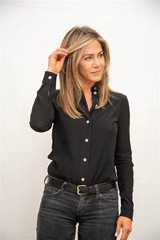 jennifer aniston height weight age and full body measurement