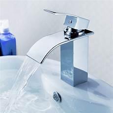 rubinetto a cascata miscelatore per bagno miscelatore modello a getto con