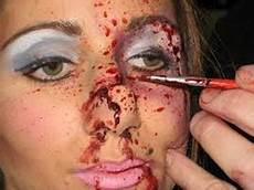 Theatrical Makeup Artist Job Responsibility S Makeup Artists Theatrical And