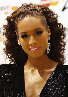 elegante frisuren damen curly hairstyles for black hair peinados