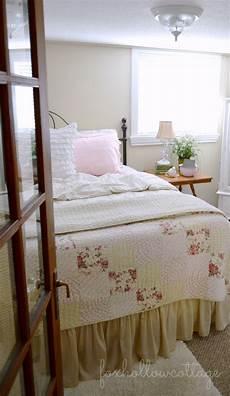 Cottage Bedrooms Shabby Vintage Cottage Bedroom Fox Hollow Cottage