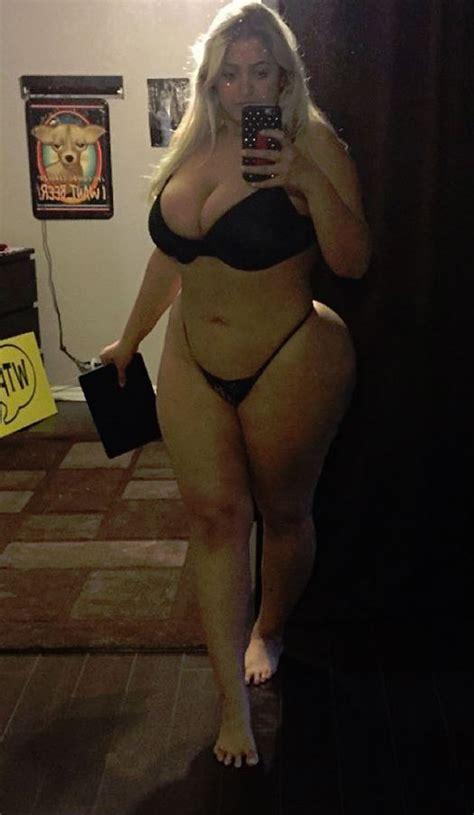 Sexy Walk Nude
