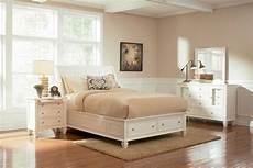 Coastal Bedroom Furniture Coaster Light Platform Storage Bedroom Set
