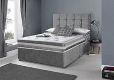 4ft6 silver crushed velvet divan bed set drawers