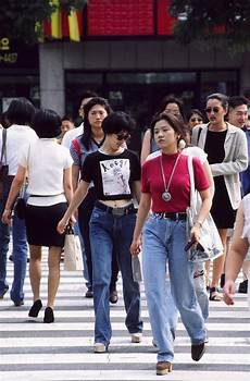 18 forgotten fashion trends all 90s koreans were obsessed