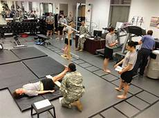 Navy Physical Therapist The U S Military Baylor University Doctoral Residency