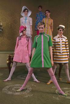 9 fashion trends that defined the 60s beattransit