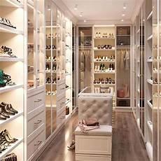 masters of luxury on instagram this walk in