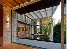 Zen Courtyard: Contemporary home in Singapore inspired by the traditional Japanese courtyard