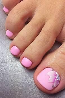 Cute Beach Toenail Designs 74 Toe Nail Design For This Summer Koees Blog