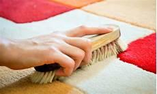 come lavare tappeto come pulire i tappeti in modo ecologico 6 rimedi fai da