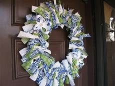 fabric crafts wreath destination craft fabric tie wreath