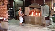 lade in vetro di murano murano la lavorazione vetro soffiato in fornace