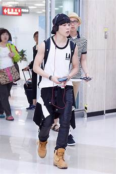 amazing airport fashion random onehallyu