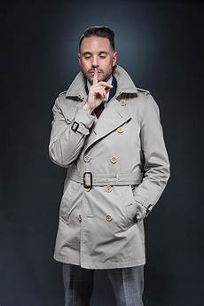 belts for trench coats how to belt a trench coat he spoke style