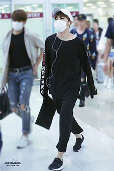 bts airport fashion review hit that follow