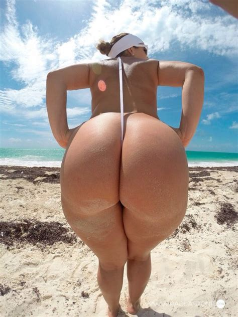 Nude Female Cosplay