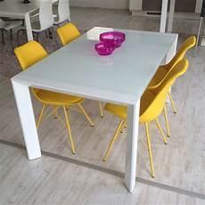tavoli in vetro e acciaio tavolo artek acciaio bianco e vetro bianco 35 tavoli a